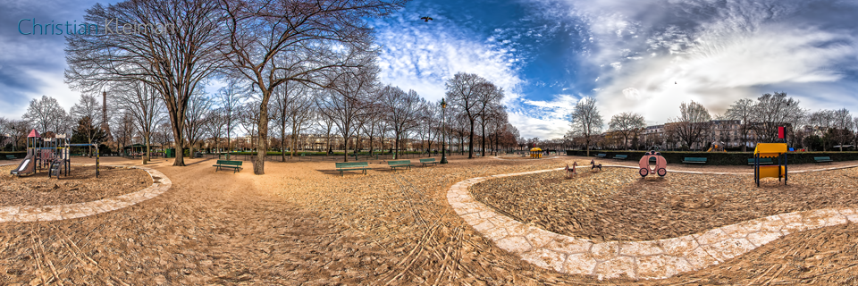 Kids Playground at Champ de Mars garden - Paris Virtual Tour - 360 Degrees Spherical Panoramic Photography by Photographer © Christian Kleiman - www.parisvirtualtour.com