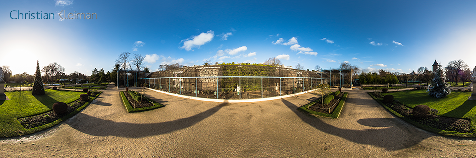 La Grande Volière at Le Jardin d'Acclimatation - Bois de Boulogne - Creative 360 VR Pano Photo - Emblematic places in Paris, France by © Christian Kleiman