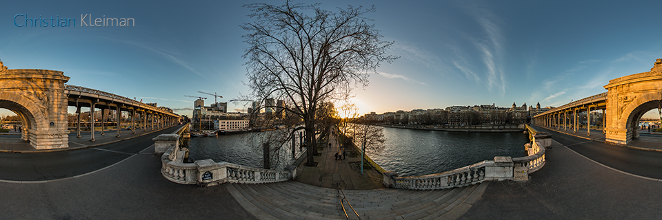 Entrance to Allée des Cygnes -L'île aux Cygnes - Seine River - Creative 360 VR Pano Photo - Emblematic places in Paris, France by © Christian Kleiman