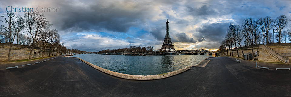 360 VR Photo from Eiffel Tower's view at Debilly's Harbour - Port Debilly - Seine River, Paris