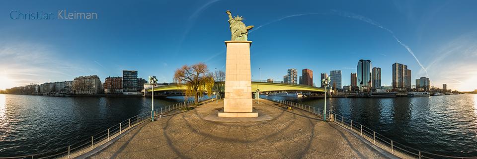 Statue of Liberty - L'île aux Cygnes - Seine River - Creative 360 VR Pano Photo - Emblematic places in Paris, France by © Christian Kleiman Photographer