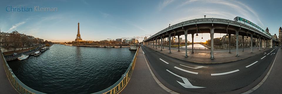 Bir-Hakeim Bridge - Viaduc de Passy - Seine River - Creative 360 VR Pano Photo - Emblematic places in Paris, France by © Christian Kleiman Photographer