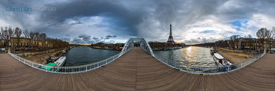 360 VR Photo. Impressive Eiffel Tower view at Passerelle Debilly - Debilly Footbridge - Seine River, Paris